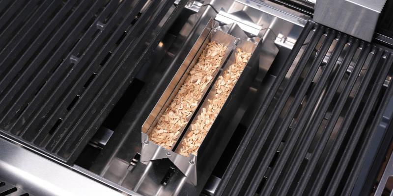 SANTOS universal einsetzbare Smokerbox für Gasgrills